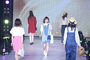 「KANSAI COLLECTION 2017 SPRING & SUMMER」より