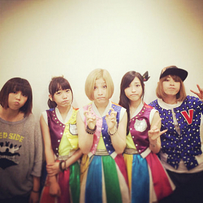PUFFY × Cheeky Parade