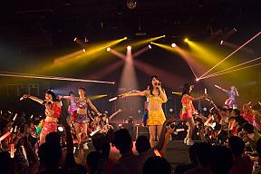 『アップアップガールズ(仮) CD/J 16-17 カウントダウンジャンパー!』